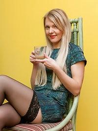 Jennifer S Beautiful Blonde
