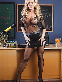 Amber Lynn Pictures in Hussy For Hire
