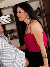 India Summer gets filled by a big fat cock