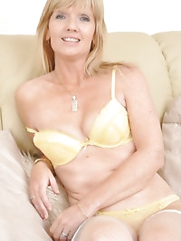 Jill looking superhot in yellow lingerie and stockings