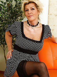 Berna slips a pink dildo into her 52 year old hot and..