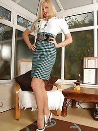 Michelle Thorne - Nyloned slut in sheer panties