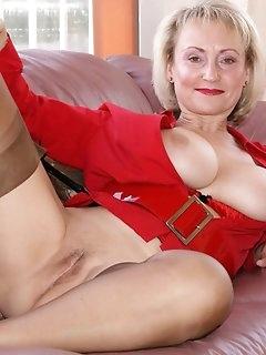 Granny Nylon Babes