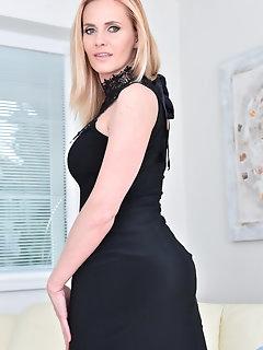 Miniskirt Nylon Babes